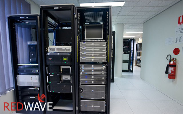 blog-server-room-03